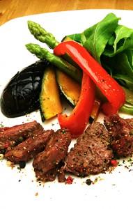 国産ダチョウ肉
